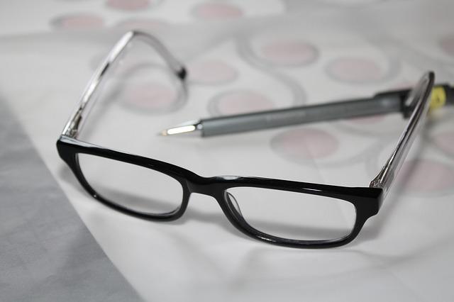 odložené brýle