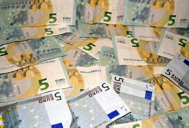 malé eurobankovky