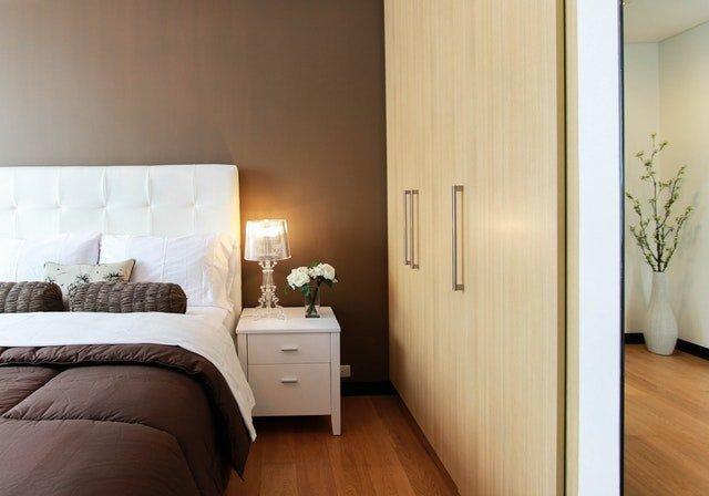 vestavěná skříň v ložnici