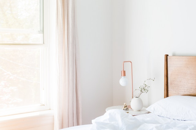 Světlá ložnice